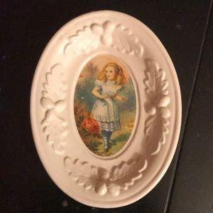 Alice in Wonderland jewelry, trinket or soap dish